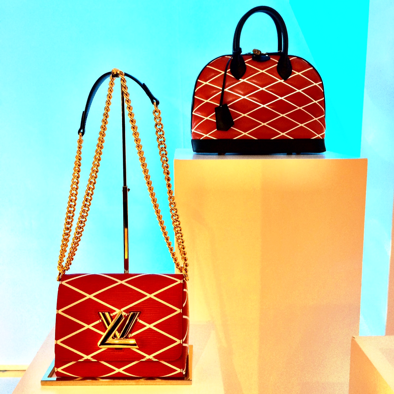 EVENT LOUIS VUITTON CRUISE COLLECTION 2014 by NICOLAS GHESQUIERE